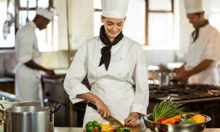 Como evitar acidente de trabalho em cozinha industrial?