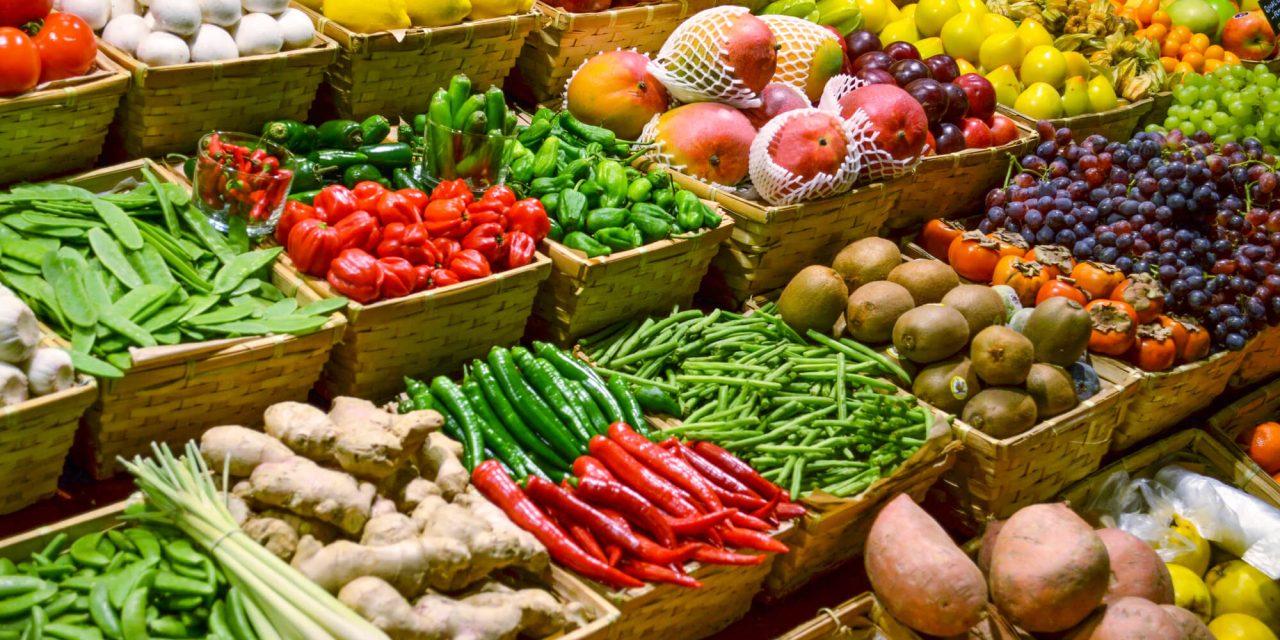 Qual a importância de ter os expositores certos para hortifrúti?