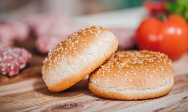 Pão de hambúrguer sem glúten: por que e como fazer?