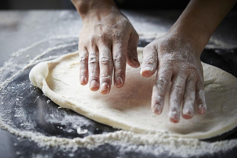 Como fazer massa de pizza: melhores técnicas e receitas