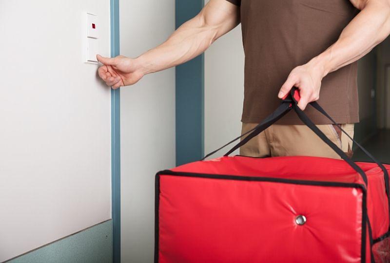 Como montar um delivery de comida? 5 passos para ter sucesso