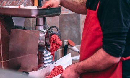Equipamentos para açougue: conheça quais são os melhores moedores de carne